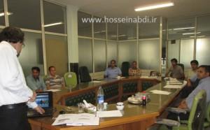 حسین عبدی - برگزاری دوره آموزشی تعویض تک دقیقه ای قالب در شرکت سراج نور توس